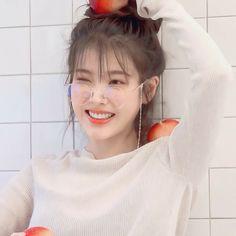 Korean Actresses, Korean Actors, Actors & Actresses, Guys And Girls, Kpop Girls, Korean Bangs, Shot Hair Styles, Girl Artist, Iu Fashion