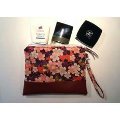 Zipper pouch flower #zipperpouch #handmadebySerena #diy Etsy shop : HandmadebySerena