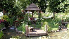 Water Garden Design 'Lazy Days' Pete Sims