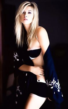 Maria Sharapova. Woaw, she's Gorgeous ♥