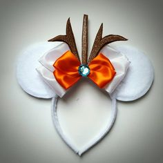 Hey, I found this really awesome Etsy listing at https://www.etsy.com/listing/268908951/olaf-inspired-minnie-mouse-ears