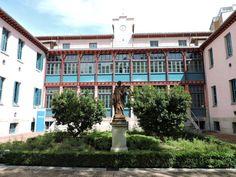 Museo Homeopatía - Fachada del edificio principal.