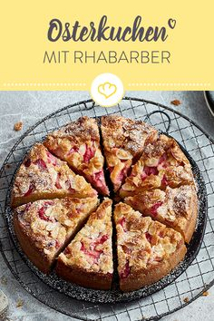 Juicy Easter cake with rhubarb and almond topping- Saftiger Osterkuchen mit Rhabarber und Mandelhaube Rhubarb cake – fluffy and juicy - Dessert Simple, Baking Recipes, Cookie Recipes, Dessert Recipes, Brunch Recipes, Pasta Al Curry, Rhubarb Cake, Savoury Cake, Easter Recipes