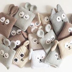 Plastik granulat (ca. Crochet Toys Patterns, Crochet Dolls, Crochet Designs, Knitting Patterns, Love Crochet, Beautiful Crochet, Diy Crochet, Kit Bebe, Crochet Animals