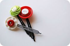 cute diy barrettes with buttons.