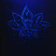 Loto Neon #neonink #tattoo #neoninktattoo Hot Candy