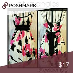 CITY TRIANGLES  Floral Dress Size medium. Spaghetti straps. Floral design. City Triangles Dresses Mini