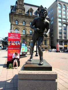 Terry Fox statue. - Ottawa