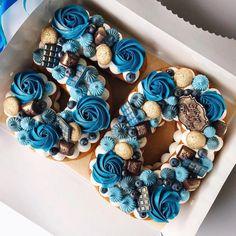 19 Ideas Birthday Cake Originales Hombre For 2019 Number Birthday Cakes, Pretty Birthday Cakes, 18th Birthday Cake, Number Cakes, Pretty Cakes, Beautiful Cakes, Number Number, Cupcake Cake Designs, Cupcake Cakes