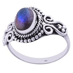 925 sterling silver Amethyst stone Choose your size Copyright Bohomoon 2017 Bohemian Jewellery, Labradorite Ring, Garnet Rings, Amethyst Stone, Sterling Silver Jewelry, Gemstone Rings, Campaign, Gemstones, Medium