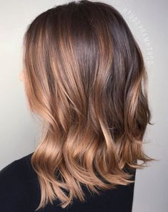 Blonde and dark brown hair color ideas. Top best Balayage hairstyles for natural black and brown hair. Balayage hair color ideas with blonde, brown, caramel. Top Balayage hairstyles to completely new look. Hair Color Highlights, Ombre Hair Color, Hair Color Balayage, Blonde Balayage, Balayage Highlights, Blonde Brunette, Caramel Highlights, Blonde Hair, Blonde Ombre