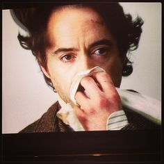 worth-a-thousand-wounds:    The humanity of Holmes. #sherlock #sherlockholmes #rdj