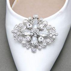 A Pair Vintage Style Rhinestone Crystal Wedding Bridal Shoe Clips Jewelry #Handmade #WeddingPartyChristmasPartyAnyParty #ShoeClipsShoeDecorations