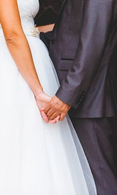 La guía definitiva para salir perfecta en las fotos. #bodas  #bodasnet #novios #noviasespaña #bodaespaña #noscasamos #amor #españa #spain #es #novia2018 #novia2019 #pinespaña #espana #inspiración #decoraciondeboda #boda2019 #fotos #fotosdeboda #fotosparaeldiadelaboda #fotosoriginales #sonrisa #fotografos #foto #ideasparafotos Ideas, Wedding Pictures, Boyfriends, Going Out, Smile, Wedding Decoration, Thoughts