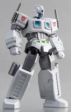 ($52.00) Transformers Kaiyodo Revoltech Super Poseable Action Figure Ultra Magnus   From Revoltech