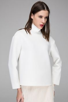 Basic jumper with high neck