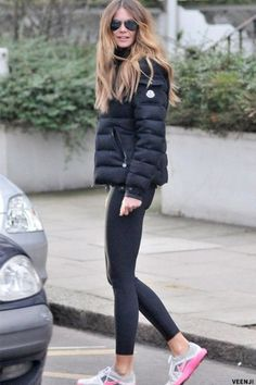 "relentless-running: "" Elle Macpherson in Moncler Jacket "" Fashion Mode, New York Fashion, Look Fashion, Winter Fashion, Fashion Outfits, Womens Fashion, Fashion Trends, Fashion 2014, Fashion Inspiration"