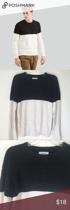 Frank and Oak Color Block Cotton Knit Sweater Frank and Oak men cable knit sweater // size small // color black in black and white (more of an ivory color) // crew neck // 100% cotton // excellent condition Frank & Oak Sweaters Crewneck