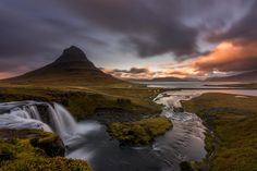 Kirkjufell - I'll be spending around one month in Iceland to run 2 workshops with my partners/photographers Daniel Cheong & Shadi Nassri.  Looking forward for a successful workshops.