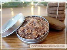 DIY All-Natural Holiday Spiced Cookie Lip Scrub 2