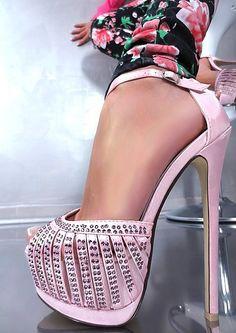 Hot Heels - Secrets of stylish women High Heels Boots, Hot Heels, Pink Heels, Sexy High Heels, Shoe Boots, Stiletto Heels, Dream Shoes, Crazy Shoes, Funky Shoes