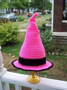 Ravelry: Wicked Wizard Witches Hat pattern by Corina Gray