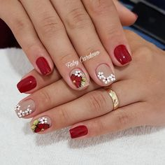 Image may contain: one or more people and closeup Cute Nails, Pretty Nails, Cherry Nail Art, Fall Nail Art, Nail Art Hacks, Flower Nails, Creative Nails, Manicure And Pedicure, Christmas Nails