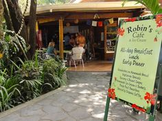 Robins yummy, healthy, fresh and fabulous treats right in the center of Nosara, Costa Rica Nosara, Come Fly With Me, Zen Yoga, Costa Rica Travel, Yoga Retreat, Robins, Panama, Beaches, Places To Go