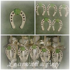 Bomboniere fatte a mano con gessetti profumati a forma di ferro di cavallo e quadrifoglio. Handmade favours made with horseshoe-shaped small piece of chalk.