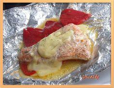 En cualquier época del año el salmón nos espera impaciente en la pescadería. Un pescado azul cargadito de esos omega-3 famosos (acidos grasos poliinsaturados, buenos para el corazón). Dicen que de...