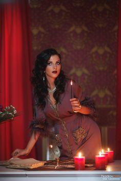 """Платье """"ВОРОЖЕЯ"""" из коллекции «МАГИЯ ДИВА»(Magic diva)(языч.укр. миф.) ВОРОЖЕЯ - Ведьма,вештица, волшебница, колдунья, чаровница) — женщина, практикующая магию (колдовство), а также обладающая магическими способностями и знаниями."""