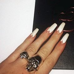 kylie-jenner-nails-8