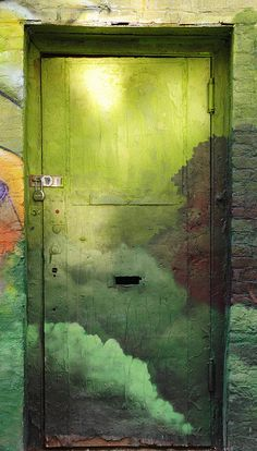 irecallthepushmorethanthefall:  green door by MY PINK SOAPBOX on Flickr.