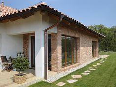Front Door Canopy, Small House Design, Living Room Colors, Facade House, House Plans, Brick, Pergola, Backyard, Exterior