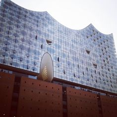 The Recently Opened Elbphilharmonie Hamburg S New Concert Hall Performances Don T Start Until Next Year But You Can Concert Hall Modern Architecture Building