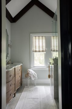CLOTH & KIND // Ann Arbor Hills English Cottage // Rinne Allen Photography