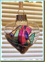 Stained Glass Tropical Ornament can be hung year round! #DIY #ornament #Christmas #Shells