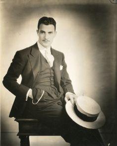 Gilbert Roland, 1929