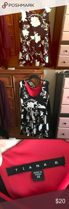 Tiana B Scuba Dress Super flattering dress. Worn once for a holiday party a few years ago. Hung onto it hoping for another reason to wear, but haven't needed it and it's time to let it go! tiana b. Dresses