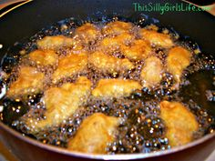 Last Night's Dinner: Sweet and Sour Chicken - This Silly Girl's Life Dinner Dishes, Dinner Recipes, Dinner Ideas, Sweet N Sour Chicken, Oriental, Chicken Salad Recipes, Food Hacks, Asian Recipes, Food Inspiration