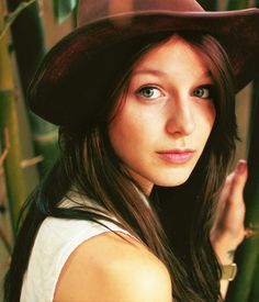 Melissa Benoist is the newest addition to Glee and she is flawless.