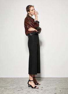 """Uterqüe Codes"" black leather sandals - View all - Footwear - Uterqüe Spain"