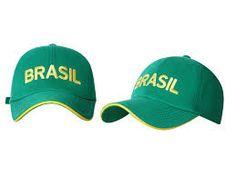 Boné Brasil em bandeira e amarelo bordado
