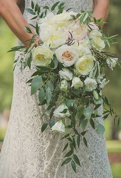 Favorite Wedding Bouquets of 2015 : Brides.com