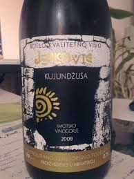 Kujunđuša - wine produced from a grape variety grown in Dalmatian hinterland (Croatia), region of Imostski - light, fresh white wine