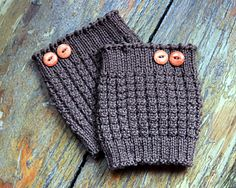 Here's some kicky little thermal boot cuffs to keep the winter chill away! A quick and popular gift item, these easy knit boot cuffs are knit in the round on double point needles or with a long circular using the magic loop method. If you've been meaning to learn – this simple pattern is a great project to start with. You're going to wonder why you didn't try it long ago!