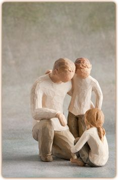 "Father with Son & Daughter: Willow Tree (See more on: ""Dads, Step-Dads, Grandad's"" board. Willow Tree Figures, Willow Tree Angels, Willow Tree Family, Willow Figurines, Fall Trees Photography, Paint Photography, Abstract Tree Painting, Watercolor Trees, Weeping Cherry Tree"