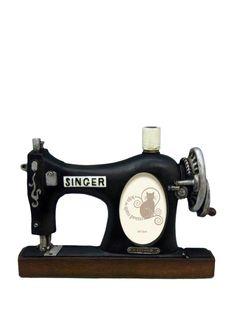 A Loja do Gato Preto | Moldura Máquina Costura #alojadogatopreto