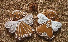 Gingerbread angel cookie -- idea for Christmas ornament Christmas Biscuits, Christmas Sugar Cookies, Holiday Cookies, Christmas Desserts, Christmas Treats, Christmas Baking, Gingerbread Decorations, Christmas Gingerbread, Noel Christmas
