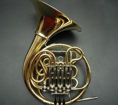 Lukas Horns - Custom French Horns